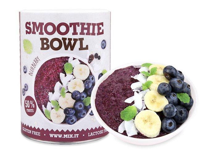 smoothie bowl borůvka