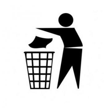 Panáček-vyhazující-odpad-do-koše-znacka