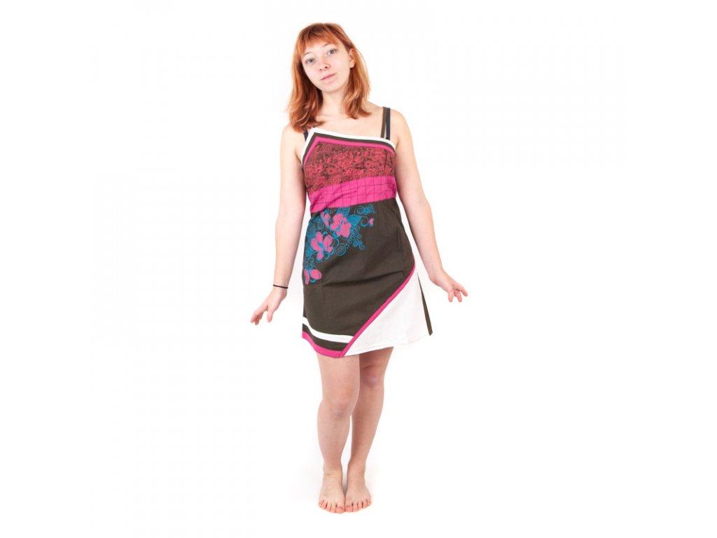Šaty krátké Sanjana s obrázkem M Černá Červená Zelená