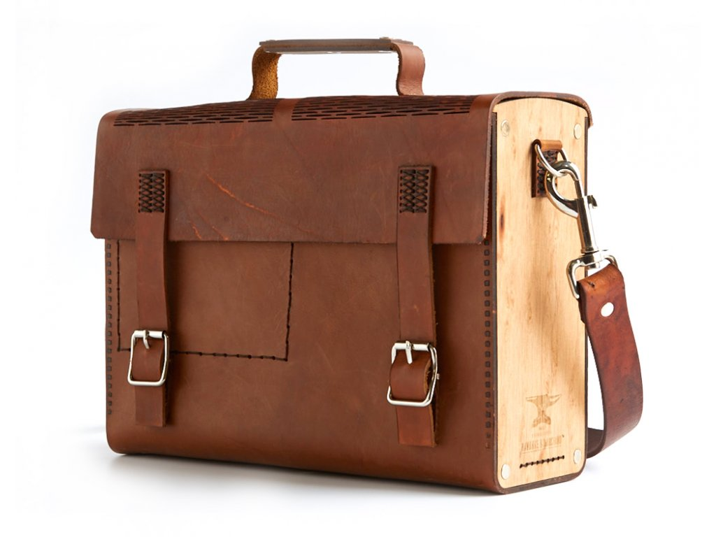 THE SMUGGLER BROWN PERSPECTIVE WITH STRAP