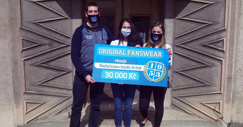 Roušky pomáhají na dětské onkologii v Brně