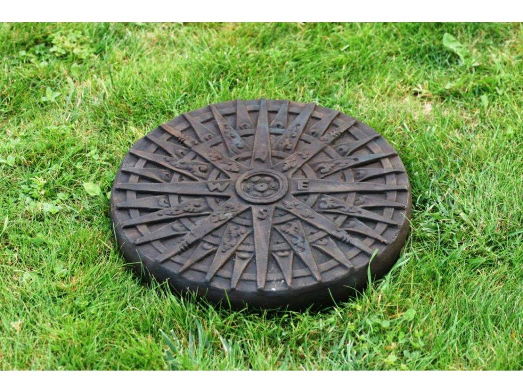 Socha Kompas nášlap – dekorační kolo tmavé - průměr 35cm patina DB