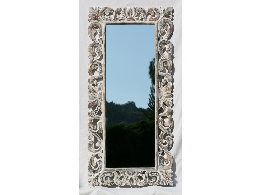 Dřevěné zrcadlo masiv s řezbou model 01 150x70cm