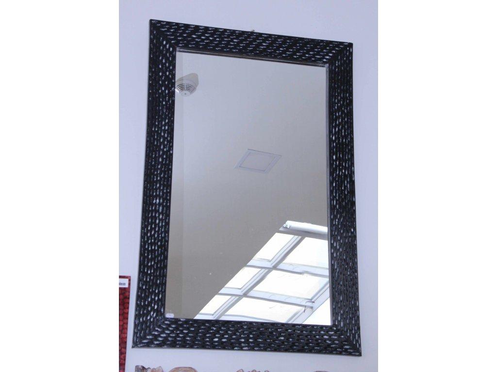 Dřevěné zrcadlo masiv s řezbou model 99 120x80cm