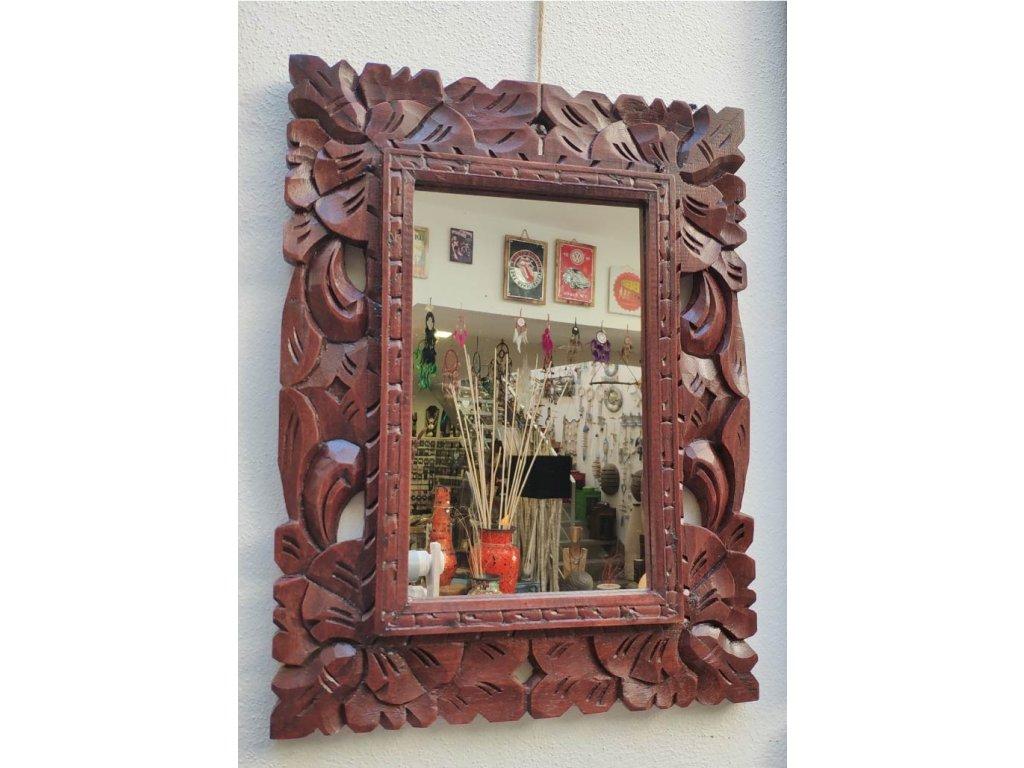 Dřevěné zrcadlo masiv s řezbou model R6 40x30cm