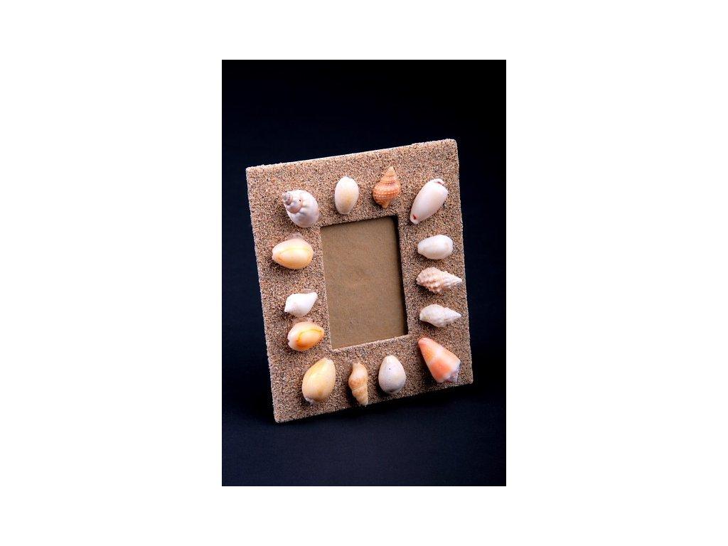 Rámeček z písku a mušlí 13x10cm