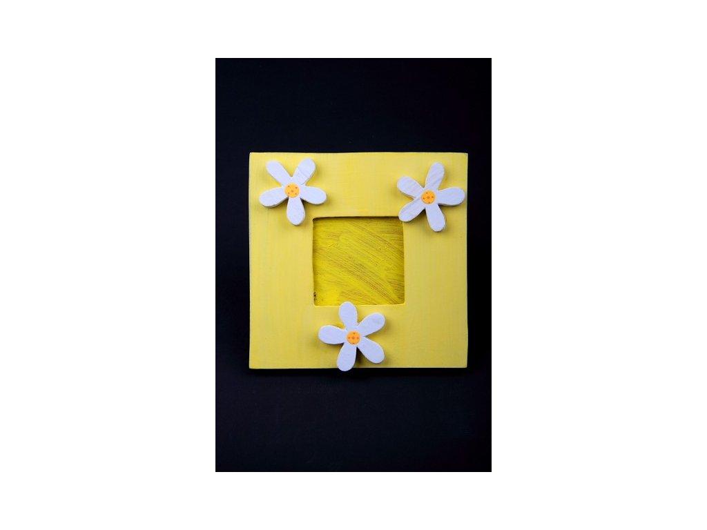 Dřevěný zdobený fotorámeček žlutý 20x20cm