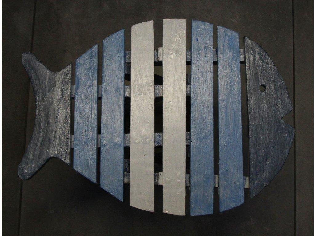 Dřevěná stolička ryba 33cm