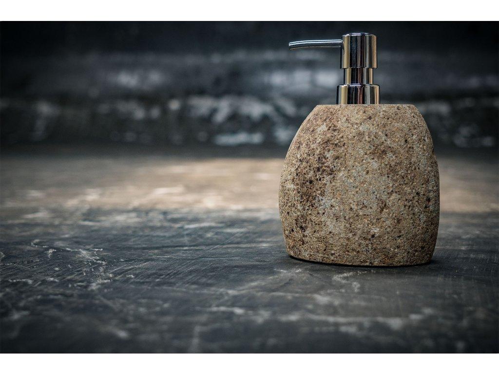 Kamenný zásobník na mýdlo s dávkovačem výška 15cm