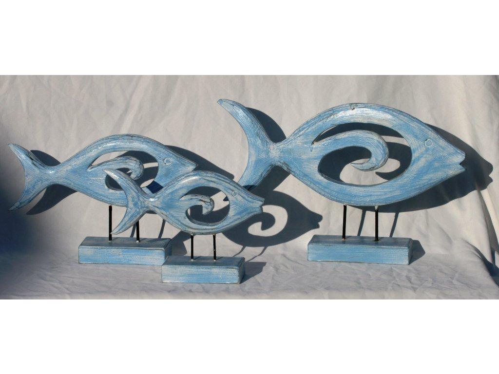 Dřevořezba ryba na stojánku modrá 30x48cm