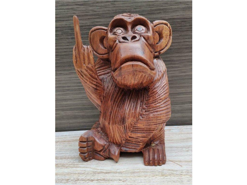 Dřevěná ručně vyřezávaná opice 16cm