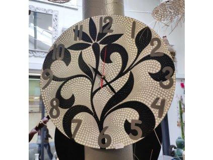 Dřevěné ručně malované nástěnné hodiny č.3, průměr 40cm