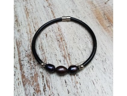 Náramek z pravých perel na magnet obvod cca 18cm černý
