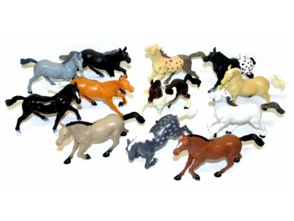 Koně 17 cm