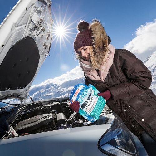 Zimní autokosmetika