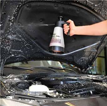 Mytí motoru