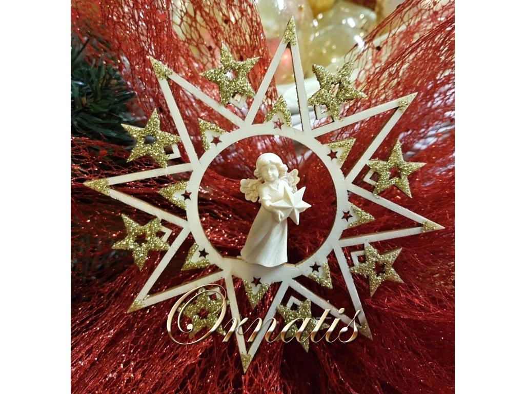 dřevěný anděl s hvězdou vyřezávané sošky dárky pri rodinu kolegy spoluprcovníky