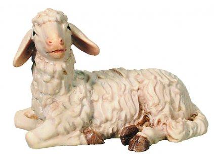 Dřevěná vyřezávaná socha Ovce která leží