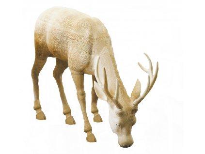 Dřevěný vyřezávaný jelen