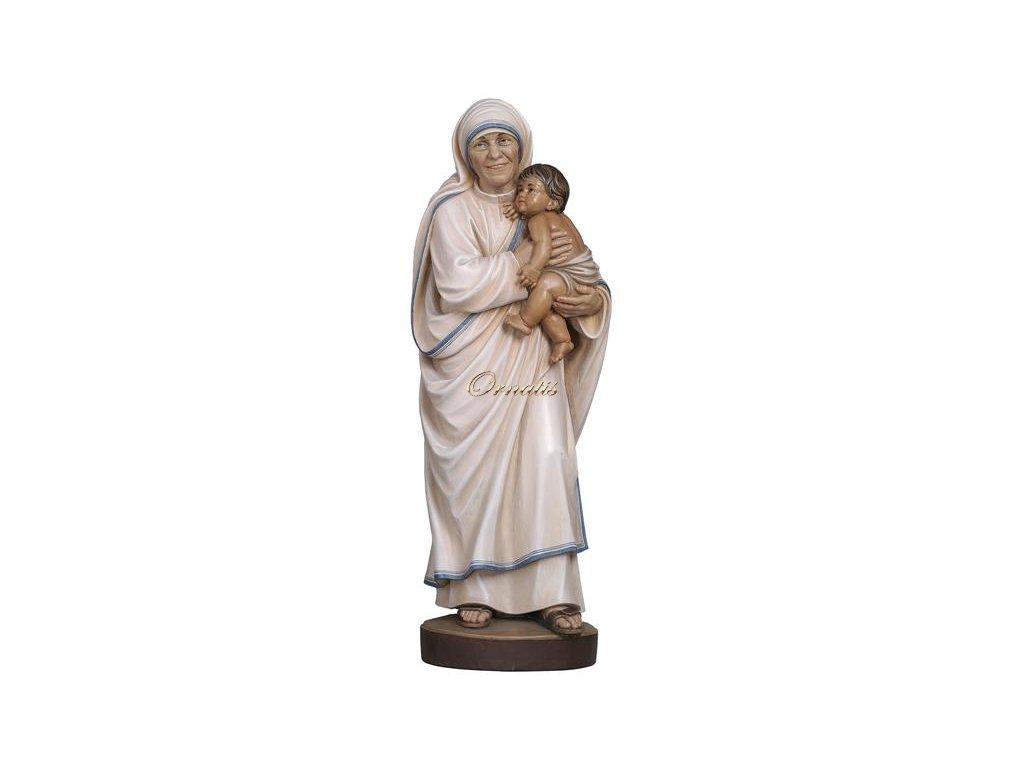 Drewniana figura Matki Teresy