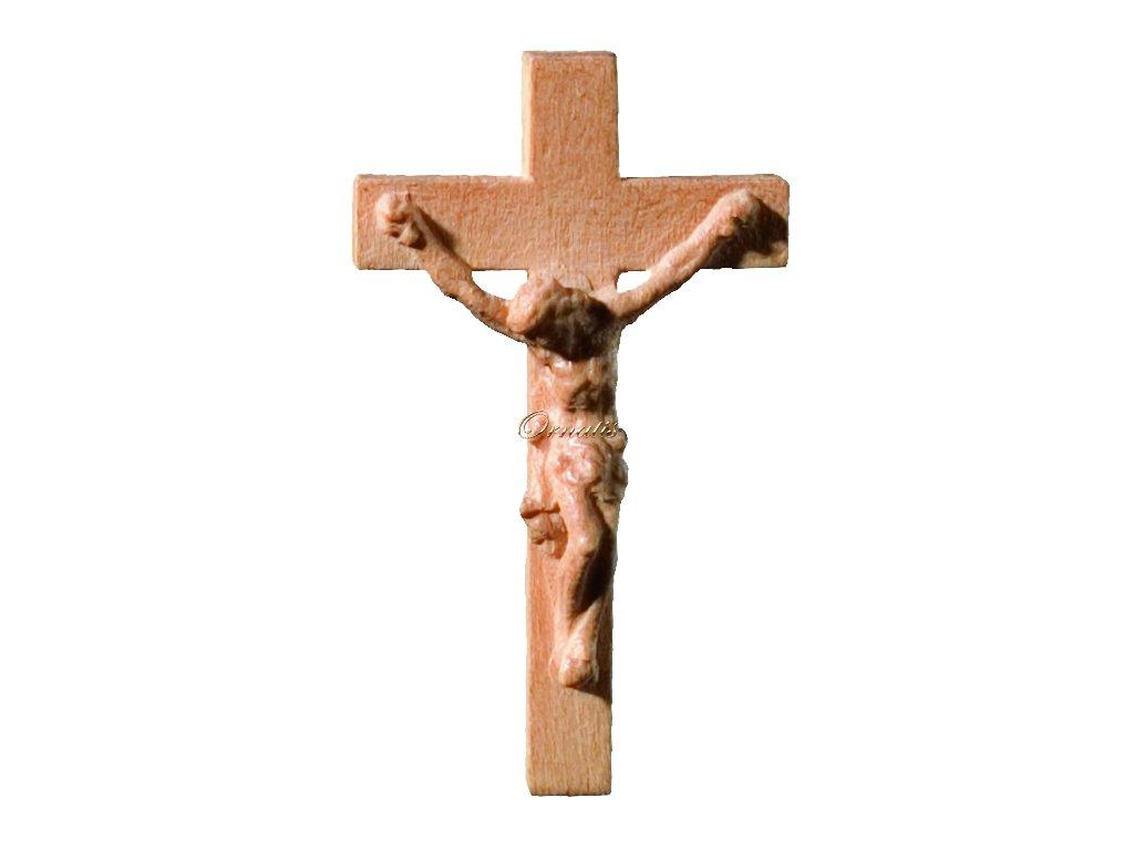 dJezus Chrystus wyrzeźbiony w drewnie na krzyżu