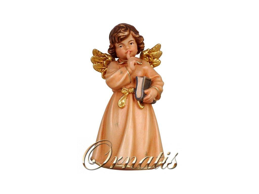 dDrevený vyrezávaný anjel s knihou