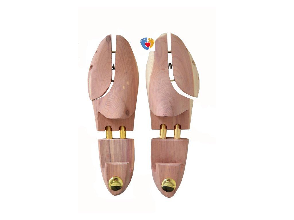 Napinák cédrový do obuvi