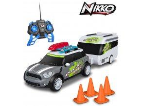 140777 nikko rc auto mini cooper countryman s karavanem 2 4ghz na vysilacku 1 20 na baterie