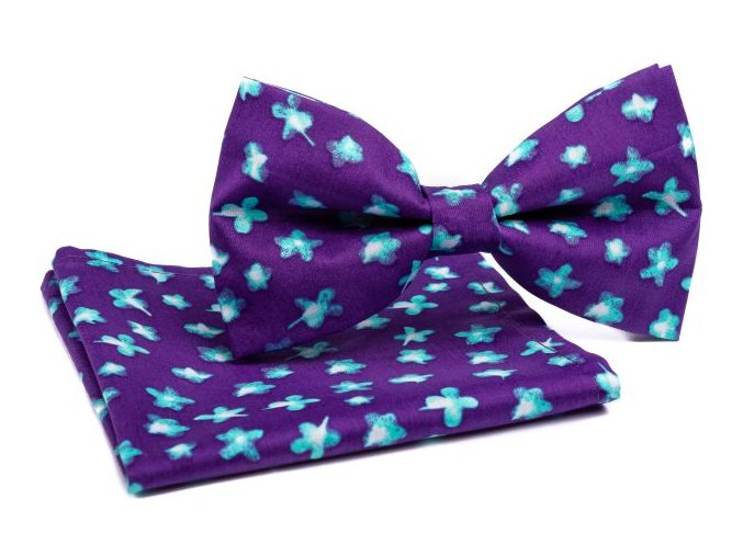 0088 set fialoveho motylka a kapesnicku s modrymi kvety patrick min