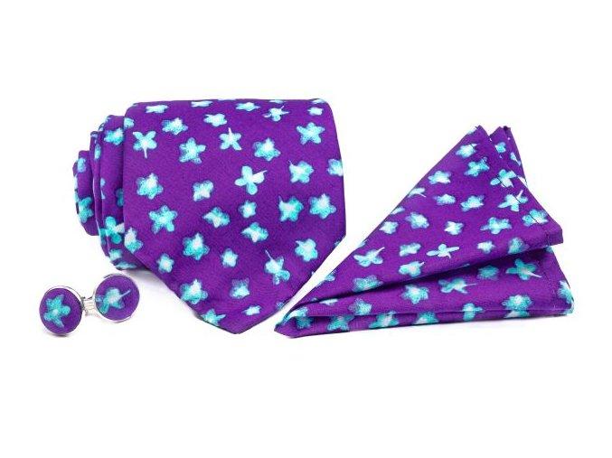 0091 set fialove kravaty kapesnicku a manzetovych knofliku s modrymi kvety patrick min