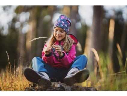 Unuo, Dětská čepice fleecová spadená, Květinky Velikost: L (53 - 58 cm)