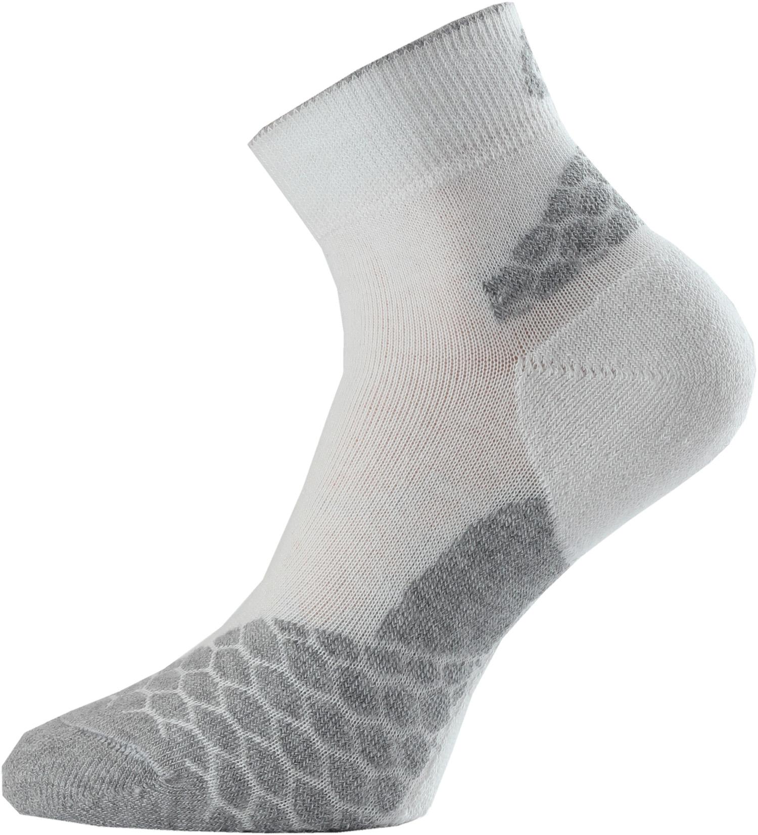 Lasting RON 008 bílá běžecké ponožky Velikost: (34-37) S možnost vrácení do 12.1.2018
