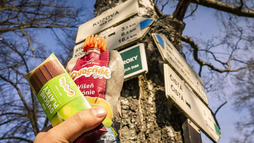 Na běhání, treky i na kolo – přírodní svačinka od  Ovocňáku dodá energii při sportu