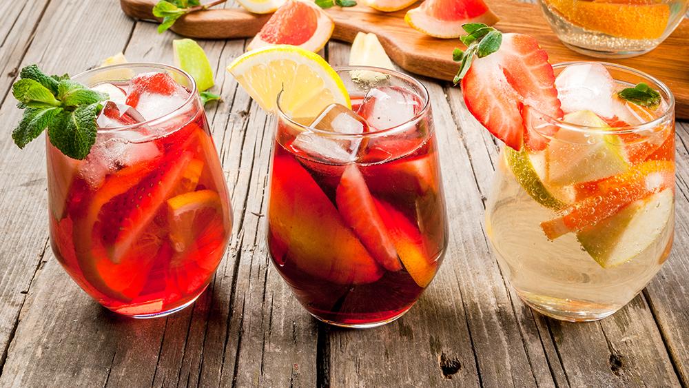 Alko drinky s ovocňákem