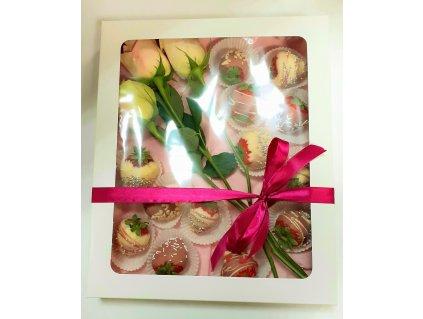 Jahodová lady Rose v krabici