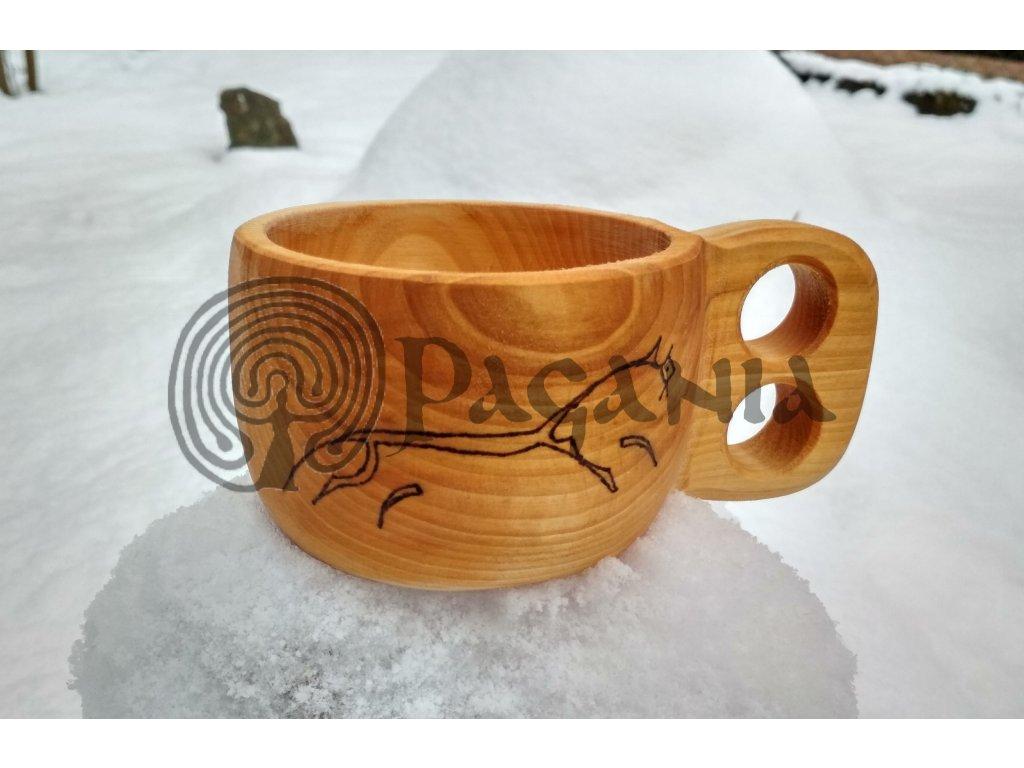 Hrnek kuksa. Keltská dřevěná kuksa.