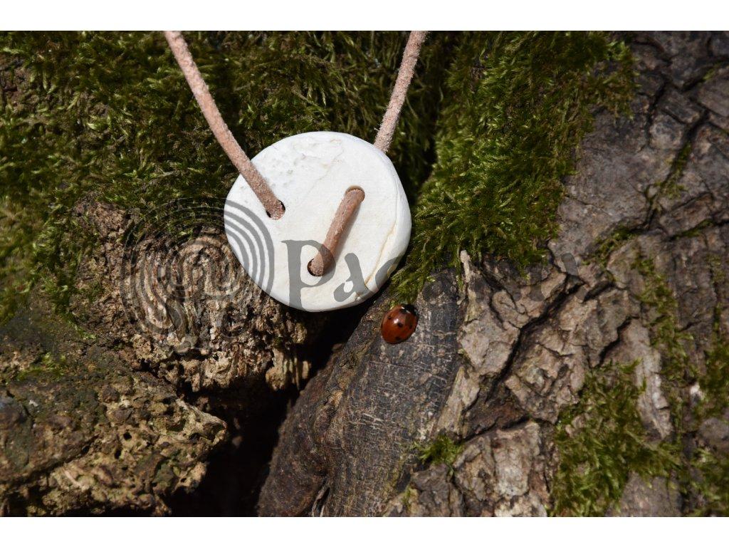 Keltský amulet lebeční kolečko