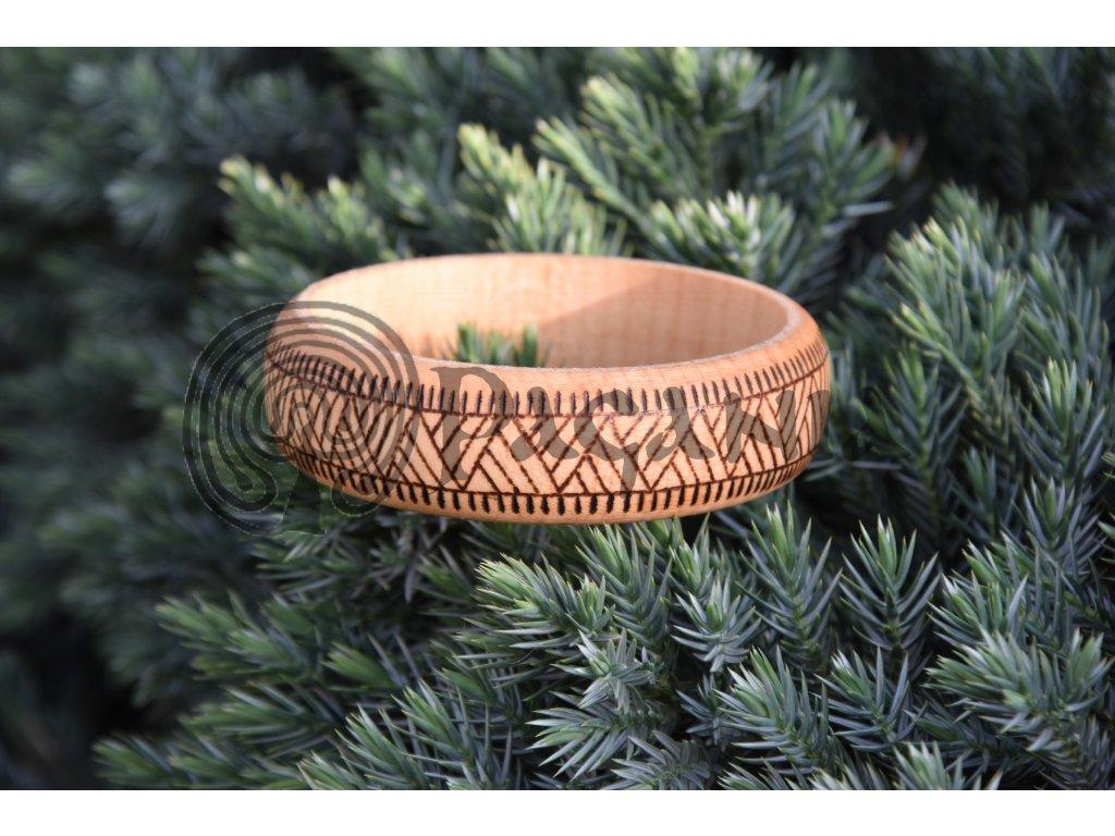 Dřevěný náramek viking