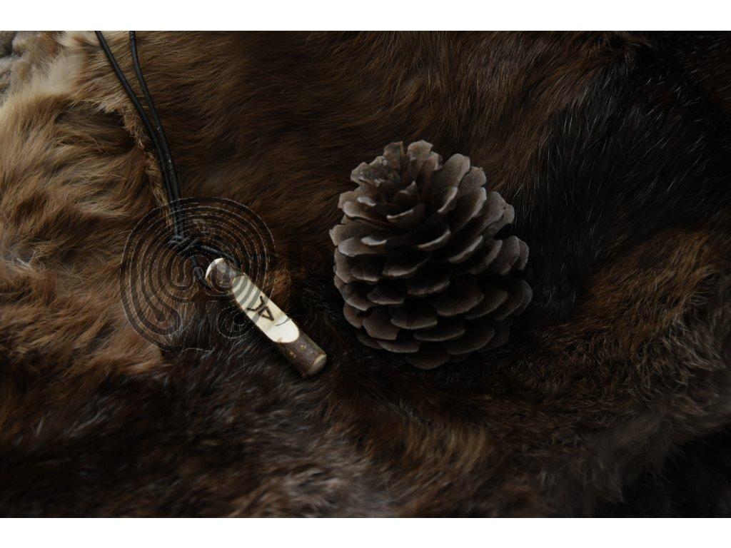 Slovanský amulet Vesel. Přívěsek se symbolem Veslese.