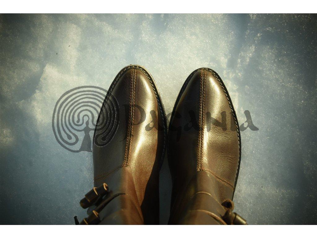 Kožené boty. Skandinávie. a5bbb12f16
