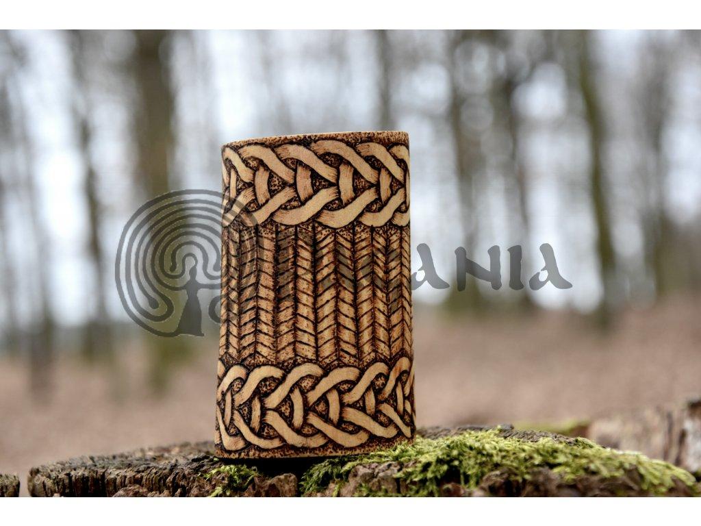 Vikingskál slánka Vendel Valsgarde Sutton Hoo motiv zdobení ruční výpal
