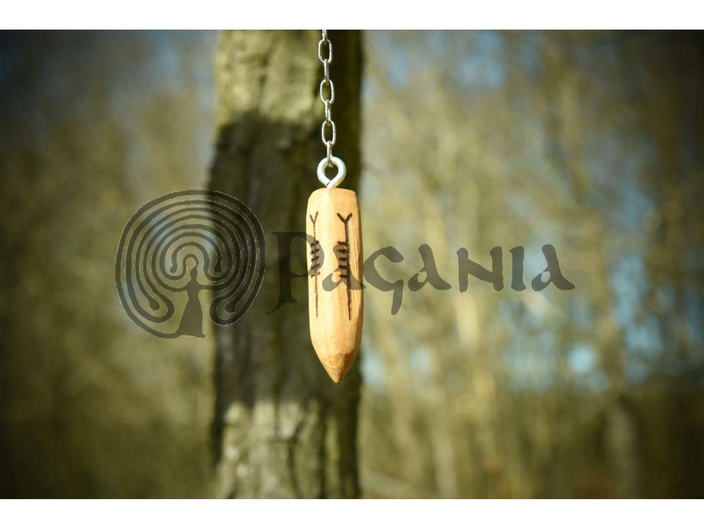Keltské siderické kyvadlo pro věštění a praktikování přírodní magie pomocí stromového písma - oghamu. Ogham má kořeny v 1-4. stol. n.l. a pochází ze samotných okrajů  oblasti obývané keltskými kmeny - západní Anglie, Wales a Irsko.