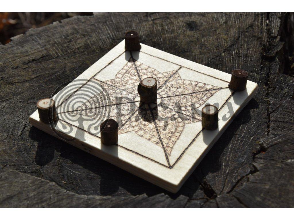 Římská desková hra Tres Lineatae Basilika