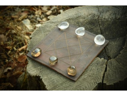 Pikaria - indiánské hra. Luxusní verze s polodrahokamy.