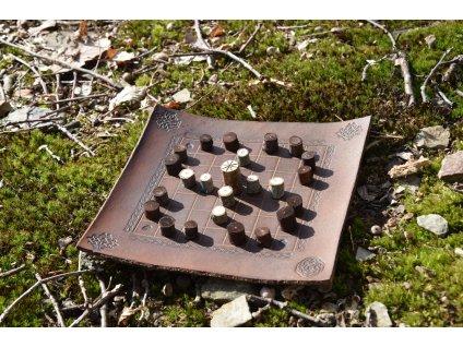 Keltská desková hra Irský Fidchell