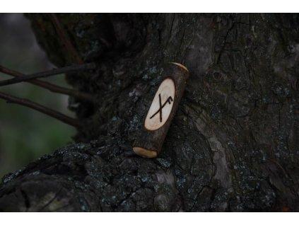 Vikingský amulet ze dřeva mladého dubu zdobený ručním výpalem se symbolem tzv. bind runes - vázaných runových znaků / sigilů. Určeno pro germány a vikingy. Použitelné pro období stěhování národů.  Význam: štěstí