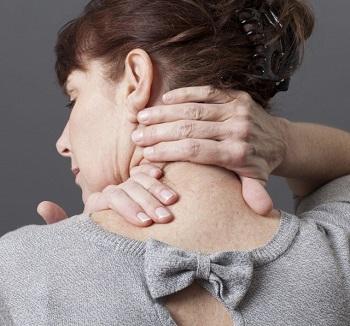 Nejčastější příčiny bolestí krku