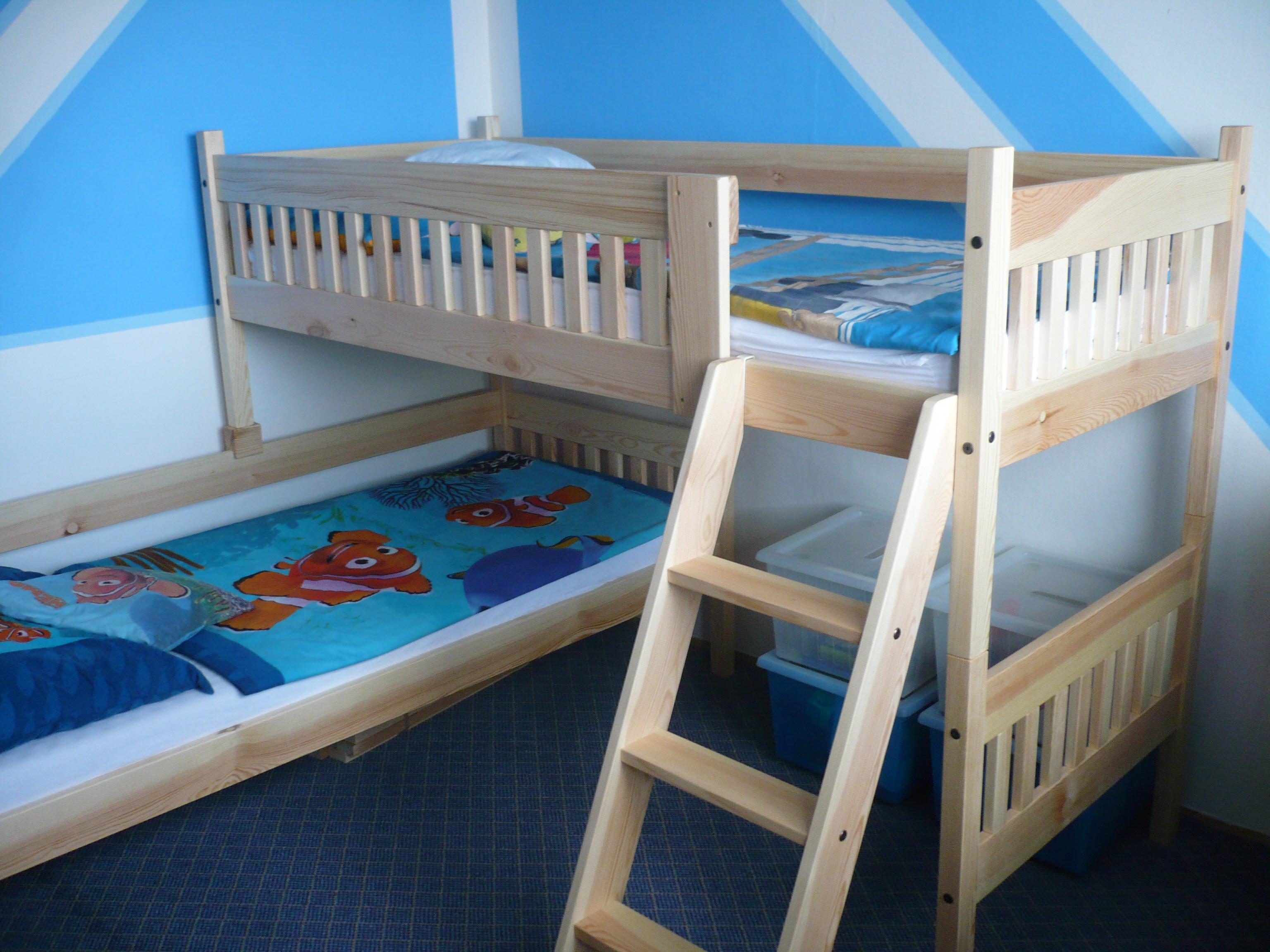 Patrová postel Max do rohu