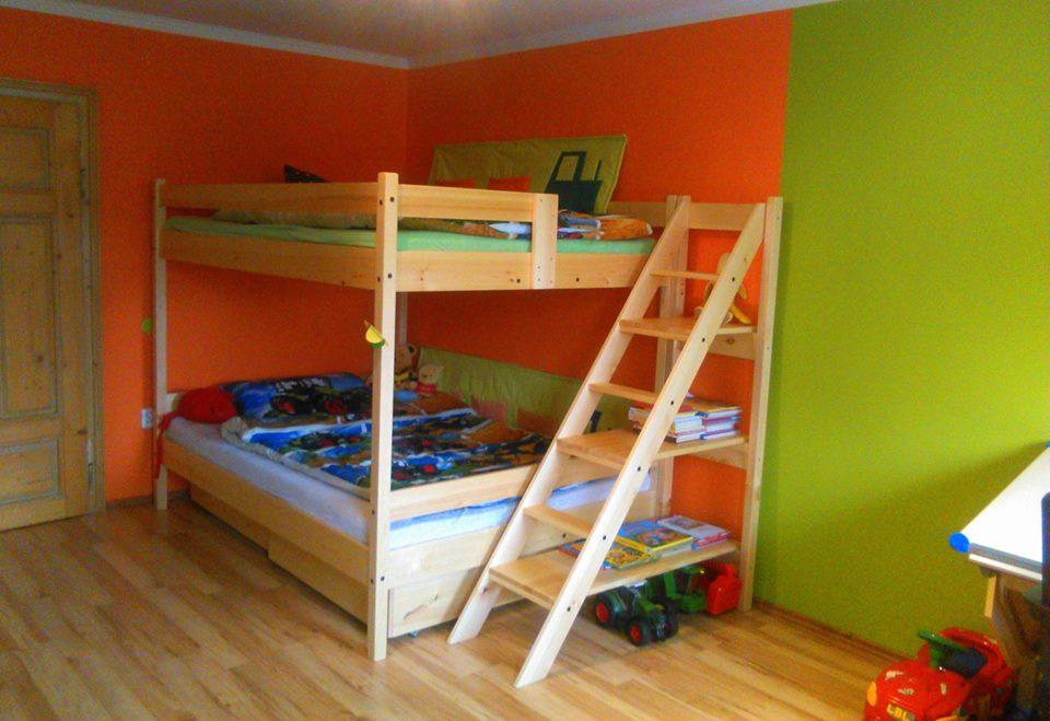 Patrová postel pro čtyři