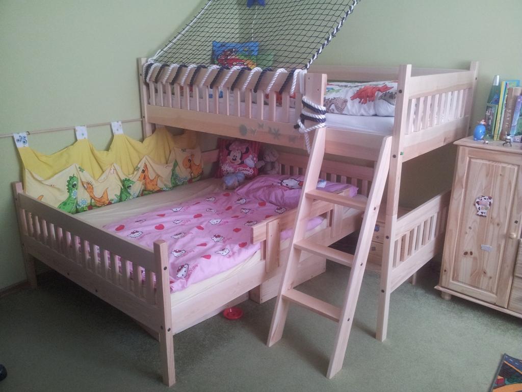 rohová patrová postel Max se spodní postelí v šíři 140 cm
